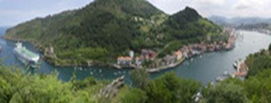 Reportaje sobre el puerto de Pasaia. En la imagen, vista panor·mica del puerto.